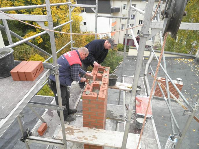 Sanierung eines alten Schornsteinkopfes